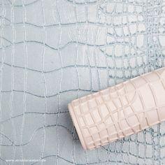 Walze zum prägen von Krokodilhaut bzw. Krokodilhauteffekt.  Roller for embossing crocodile skin or crocodile skin effect  Rouleau pour gaufrer la peau de crocodile ou l'effet peau de crocodile