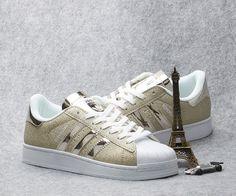 finest selection 58114 ee79a Adidas Originals 2016 gold men and women