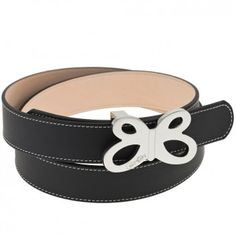 """Schlicht, lässig und ein bisschen rockig ist dieser schöne schwarze Ledergürtel """"Leeds"""" des Labels Beka&Bell. Das feine Leder wird an den Rändern von einer weißen Ziernaht geschmückt. Versandkostenfrei bei melovely.de"""