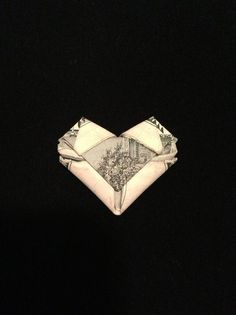 Origami How to Fold Dollar/any Bill Into a Heart - Birthday Money? Fold Dollar Bill, Dollar Bill Origami, Money Origami, Dollar Bills, Money Lei, Paper Hearts Origami, Origami Star Box, Oragami, Origami Paper