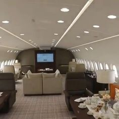 worlds most extravagant Private Jet Interiors ‪First-class isn't too shabby, but let's be Real! There is really only one way to journey in absolute royal comfort – by a palatial private jet! Discover the worlds best private jet interiors at slay lifestyle Jets Privés De Luxe, Luxury Jets, Luxury Private Jets, Private Plane, Wealthy Lifestyle, Billionaire Lifestyle, Rich Lifestyle, Luxury Lifestyle, Dassault Falcon 7x
