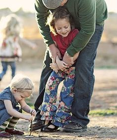 maciölelés Picnic Blanket, Outdoor Blanket, Kindergarten, Couple Photos, Wordpress, Blog, Diy, Couple Shots, Bricolage
