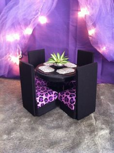 Barbie Furniture- Dining Table & Chairs - Purple Cheetah