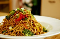 Sebzeli Noodle Tarifi - http://www.sihirlitarif.com/sebzeli-noodle-tarifi/