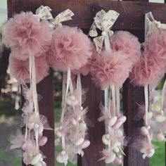 Shower Party, Baby Shower, Christening Decorations, Goddaughter Gifts, Diy And Crafts, Arts And Crafts, Pom Pon, Baby Baptism, Wedding Centerpieces