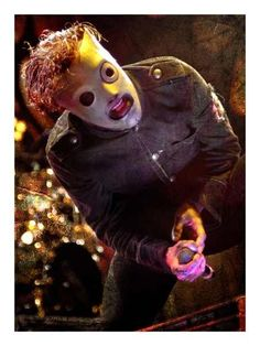 Corey Taylor from Slipknot. Oh my!!<3