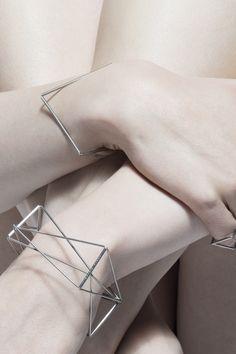 light line | bracelet | agata bielen | foto: kamil zacharski