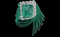 Bracelete Cartier, em platina, com esmeralda de 77,3 quilates e diamantes