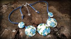 Collana dischi bombati in pasta polimerica e alcantara  rose blu , by Evangela Fairy Jewelry, 15,00 € su misshobby.com
