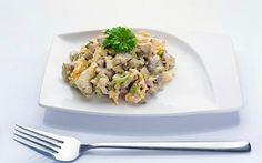 Šventinės salotos, skanesnės už baltą mišrainę - 1000receptų.lt - Mobili versija