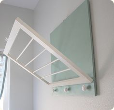 Great DIY :: drying rack for your laundry room.