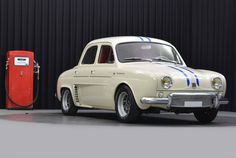 Renault Dauphine R1093 Gordini, this is cute but I would never have guessed that a Dauphine could ever be involved in anything competitive.