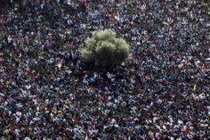 Unos 10.000 inmigrantes africanos participaron en la protesta del pasado 5 de febrero en Tel Aviv para pedir mayores facilidades de asilo y contra una ley aprobada en enero que permite a las autoridades israelíes detener a inmigrantes sin ningún cargo, por el hecho de no tener visa. Foto: Nir Elias (REUTERS)