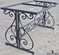 Metal table – metal of life Wrought Iron Decor, Wrought Iron Gates, Iron Furniture, Steel Furniture, Iron Gate Design, Steel Railing, Iron Steel, Iron Table, Steel Doors