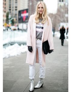 Pastel coat with white jeans #pastel #look #coat #whitejeans #streetstyle #fashion