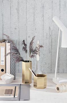 Ferm Living workspace, stylizimo, home office, concrete, AJ Lamp Interior Styling, Interior Decorating, Autumn Decorating, Interior Design, Gold Desk Accessories, Home Office Space, Desk Space, Deco Design, Blog Design