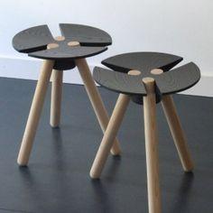 Deesis (Marcel Klever en Meubelwerkplaats De Klomp), krukje '3 leafclover'