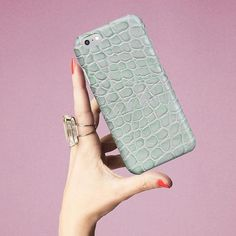 Pastel envy. #crocodile #mint #handcraft #italianleather #techfashion #tcfstockholm #thecasefactory