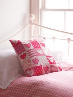 Sewing Ideas | Hearts Patchwork Cushion Project