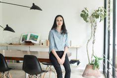 Como mujeres arquitectas, a diferencia de los hombres existe un tema más amplio cuando de vestir se trata dentro de las actividades profesionales. Dependiendo del código de vestimenta requerido, para las mujeres es más difícil encontrar el atuendo apropiado para cada evento...