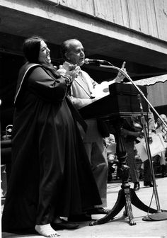 Mama Cass of The Mamas & The Papas was born in Baltimore as Ellen Naomi Cohen. She's pictured with William Donald Schaefer in this 1973 Sun file photo.