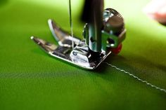 Overlock Machine Tips | eHow UK