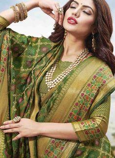 Sareetag Green Latest festive Wear Designer Jacquard Silk Saree – SareeTag