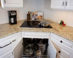 Kirkpatrick Kitchen - traditional - kitchen - tampa - Creative Kitchen Designs