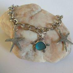 Charm Bracelet, Summer Style Bracelet #WomanJewelry #GiftForHer #BeachBracelet #SeaStarfish #SeaTurtle #SummerBracelet #GiftForGirl #FashionStyle #HandmadeJewelry #ChainAndLink Beach Bracelets, Summer Bracelets, Link Bracelets, Hippie Style, Hippie Boho, Friendship Jewelry, Gifts For Girls, Fashion Bracelets, Starfish