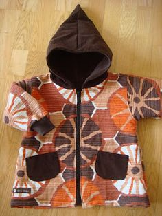 SIRIS DESIGN: Autumn jacket made from flee market table cloth