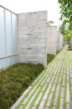 gras tussen de stenen, grasdallen voor paadje/oprit?