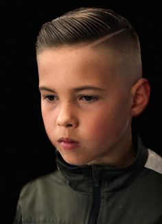 Excellent School Haircuts for Boys + Styling Tips, Boys Short Haircuts Kids, Young Boy Haircuts, Popular Boys Haircuts, Boys Fade Haircut, Boys Haircut Styles, Little Boy Hairstyles, Cool Haircuts, Latest Hairstyles For Boys, Long Hairstyles
