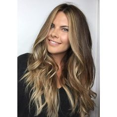 Bronde Peter Thomsen education BRISBANE using @lorealproaus #balayage #handpainted #lorealpro #lorealprous #freehaind #longhair #brondebalayage #bronde #blonde #freshair #blowout #behindthechair #hairstyle #chelseahaircutters