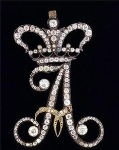 "Diamond ""A"".Hermitage Amsterdam - Monogram of Alexandra Feodorovna in the shape of the letter A, gold, silver, diamonds. Alexandra Feodorovna, Hermitage Amsterdam, Antique Jewelry, Vintage Jewelry, Alphabet Wallpaper, Accessoires Iphone, Hermitage Museum, Royal Jewelry, Gold Jewellery"