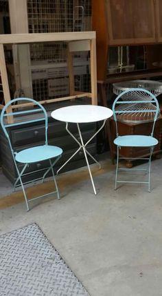 Juegos de mesa y sillas quilmeñas plegables para bares interiores y exteriores, Balcones,patios jardines Facebook: Lo Tenia Ramona https://m.facebook.com/story.php?story_fbid=1671963463091203&id=1613990165555200