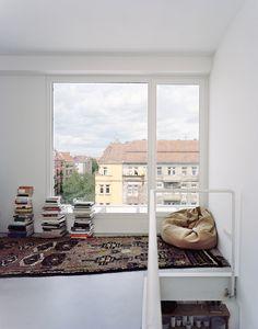 DAM_Daheim_BIGYard_Berlin_3_Foto_SimonMenges.jpg (1506×1920)
