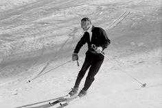 Gianni Agnelli, skiing as effortlessly as he might stroll down Via Montenapoleone