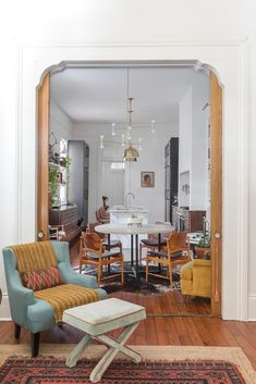 Bohemian Chic - My New Orleans Schoolhouse Electric, New Orleans Homes, New Kitchen Designs, Kitchen Installation, Cool Tables, Old Kitchen, Visual Comfort, Custom Cabinets, Table Linens