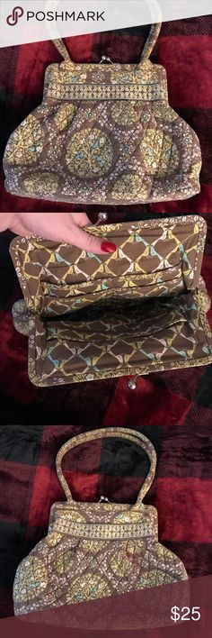Very Bradley purse Medium to large size. Used but still in good condition. Vera Bradley Bags Satchels