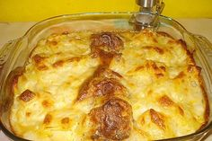 Meatballs – Casserole by Pasta Recipes, Dinner Recipes, Meatball Casserole, Cheesecake, Cauliflower Recipes, Meatball Recipes, Pampered Chef, Lasagna, Macaroni And Cheese