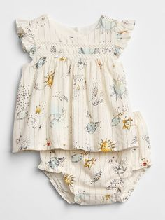 Shop Gap for Casual Women's, Men's, Maternity, Baby & Kids Clothes Space Graphic Two-Piece Set Baby Outfits, Kids Outfits, Baby Girl Fashion, Toddler Fashion, Kids Fashion, Yoga Fashion, Birthday Outfit, Baby Kids Clothes, Vintage Baby Clothes