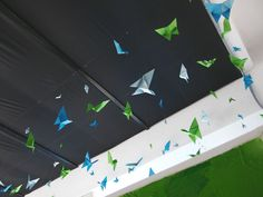 Butterflies made of paper for office. Looks so freely and funky at one time. #butterfly #paper #diy #cool #decoration #sillin #green #blue #cyan #awesome #gladmade