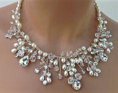 Cristal y perlas de agua dulce pendiente collar por AGoddessDivine