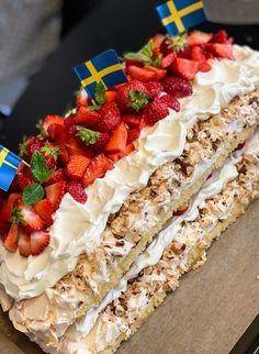 Baking Recipes, Cake Recipes, Dessert Recipes, Non Chocolate Desserts, Coffee And Walnut Cake, Creative Desserts, Swedish Recipes, Recipes From Heaven, Gluten Free Baking