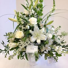 #white #lilies #roses #snapdragons
