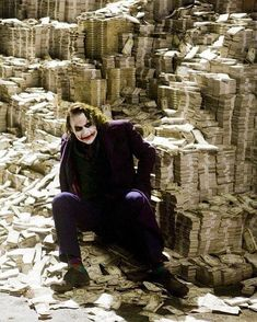 Heath Ledger's Joker - The Dark Knight Art Du Joker, Le Joker Batman, Harley Quinn Et Le Joker, Batman Joker Wallpaper, Joker Wallpapers, Superman, Iphone Wallpapers, Joker Dark Knight, The Dark Knight Trilogy
