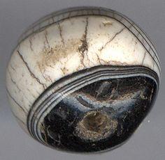 Sulemani Babagoria agate beads