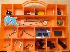 De magneet-ontdekdoos wordt steeds leuker. #kleuters vinden het super om te experimenteren met de inhoud. #nadenksels pic.twitter.com/PUeU2o34jM Busy Boxes, Pre K Activities, Kid Experiments, Reggio Emilia, In Kindergarten, Professor, Science, School, Cool Stuff