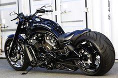 Harley Davidson News – Harley Davidson Bike Pics Triumph Motorcycles, Cool Motorcycles, Harley Davidson Motorcycles, Vrod Harley, Harley Bikes, Custom Street Bikes, Custom Bikes, Custom Choppers, Bobber Motorcycle
