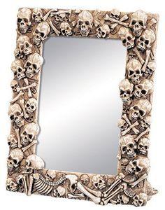 Skull Mirror by World Figurines